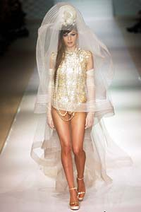 Экстремальные короткие свадебные платья.